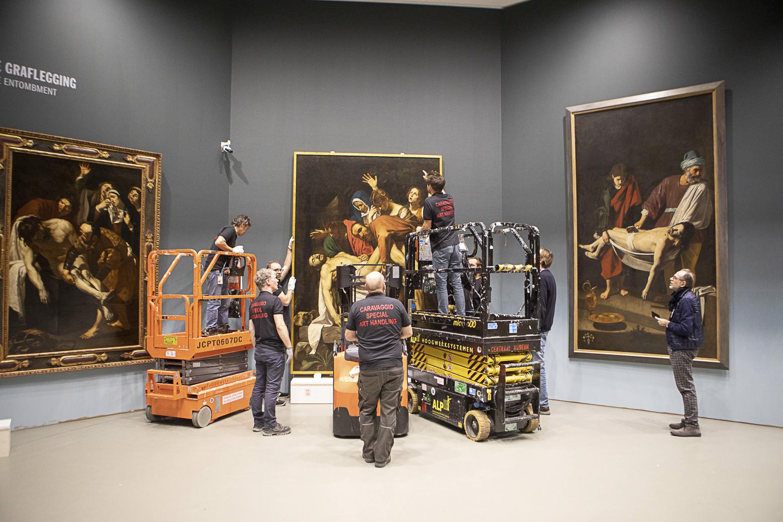 20181211-20181211-Schilderij-Caravaggio-pronkstuk-opgehangen-5