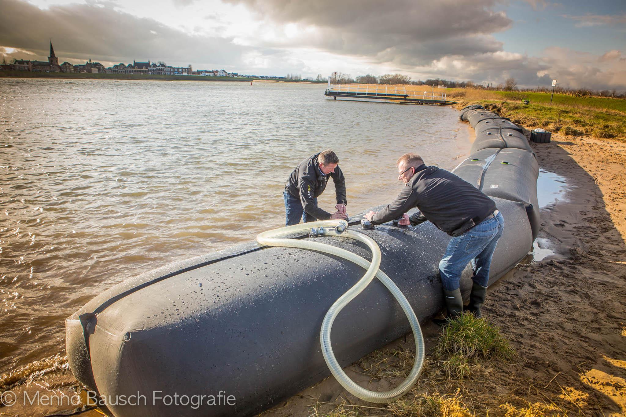 Uittesten dam tegen hoogwater