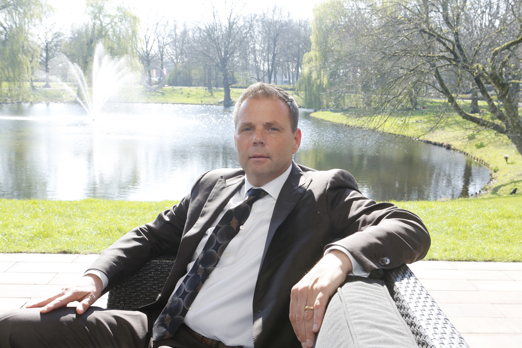 Portret directeur Yarden Ron Bavelaar